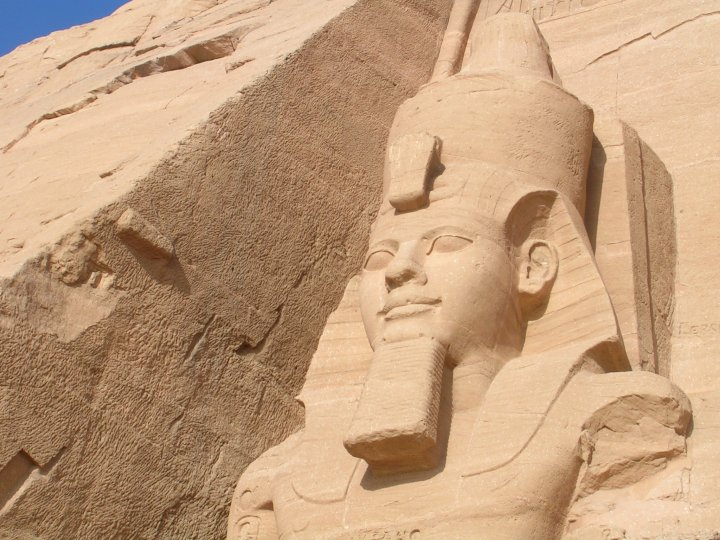 Ramsés II, fachada templo de Abu Simbel