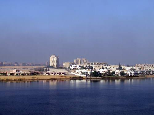 Suez, la ciudad y el canal