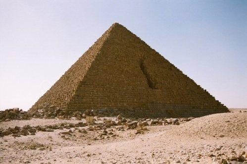 La piramide de Micerino