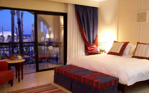 Primer six senses spa en port ghalib for Habitaciones de hoteles de lujo