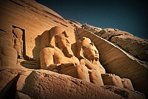Viaje al amanecer a los templos de Abu Simbel