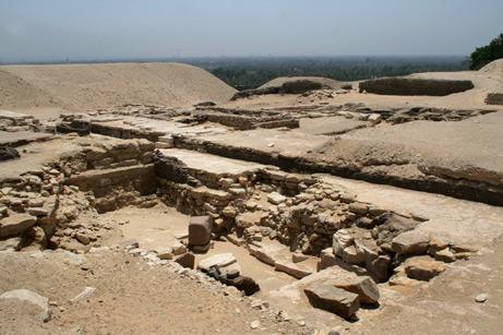 Piramide de Dyedefra