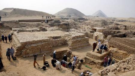 Pirámide de la Reina Sesheshet